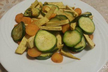 Tofu al curry con zucchine